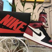 Air Jordan 1 Bred Toe_19