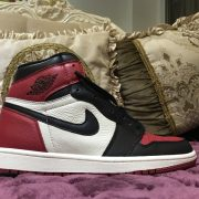 Air Jordan 1 Bred Toe_5